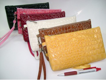 Colours Beauty  Cosmetic bag