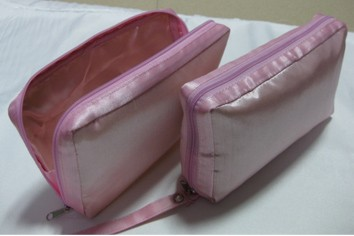 Pink Leather Beauty  Cosmetic bag