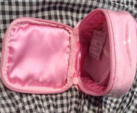 Pink polyster Cosmetic bag