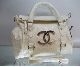 2012 White bright fashion bag