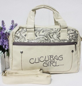 Professional White Round Handbag