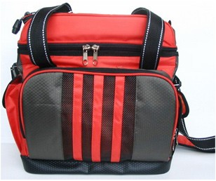 2012 Fashion 600D sport travel bag